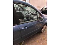 2011 RENAULT MODUS FRONT DRIVERS DOOR BREAKING SPARES PARTS CHELMSFORD ESSEX LONDON RETTENDON