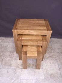 Chunky Solid Oak Wood Nest of 3 Tables Living Room Side Table Furniture