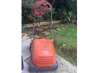 Flymo lawnrake compact 3400