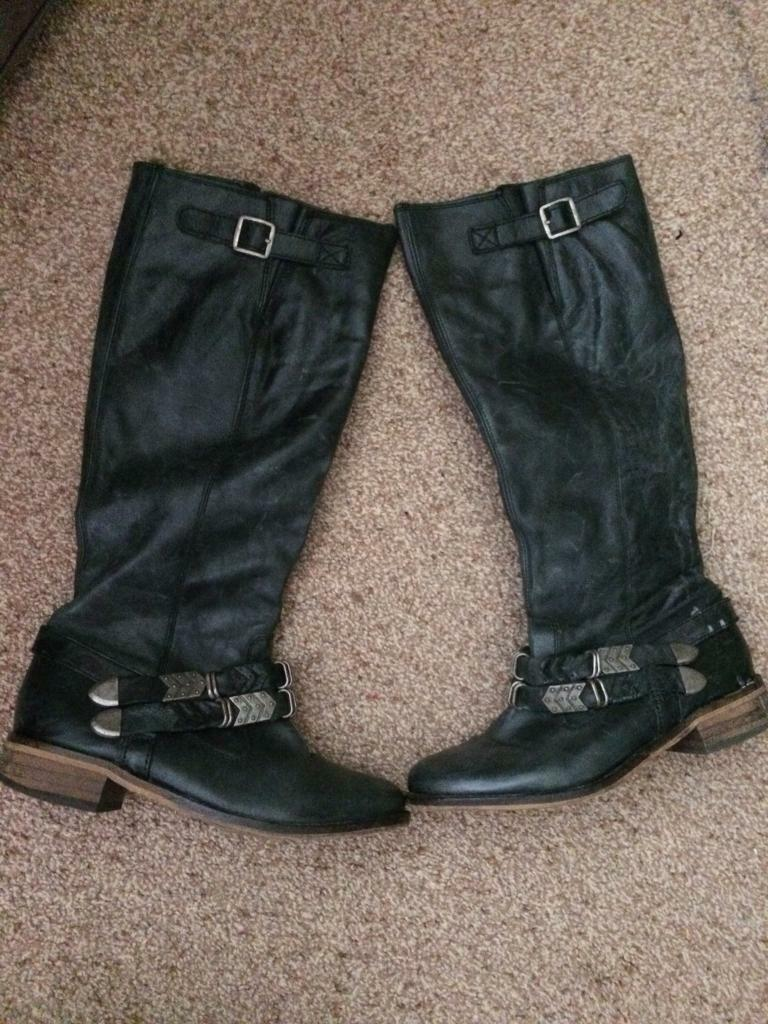 River island boots size 5