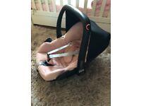Baby girls maxi cosi car seat