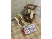 Cat Scratching Post, tower, play toy for kittens and pussy cats/pet