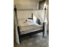 Four poster bed super king with mattress Lombok