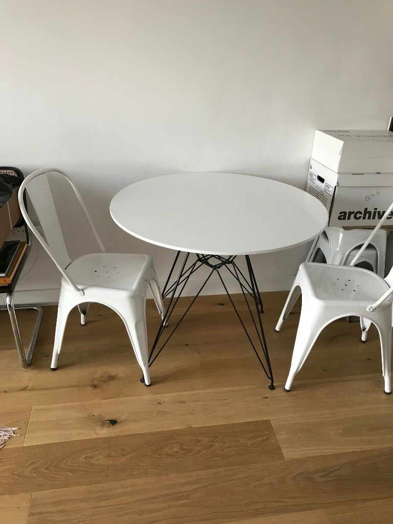 Eames Inspired Dsw Dining Round Table White