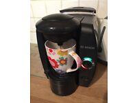 Bosch Tassimo T40 TAS4011 Coffee Maker And 200 pods