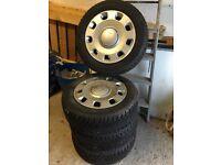 Snow tyres and wheel rims. Fiat 500 x 4