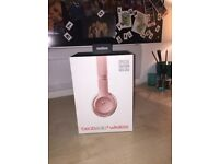 Beats Solo3 Limited Edition Wireless On-Ear Headphones - Rose Gold