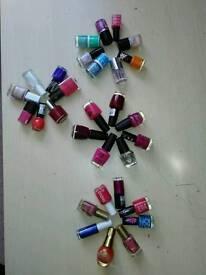 30 nail varnishes