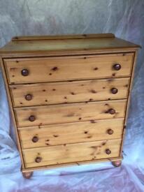 5 drawer antique solid pine unit