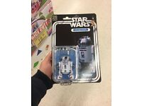 R2d2 40th anniversary figure in mint condition.