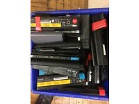 joblot 50 X laptop batteries