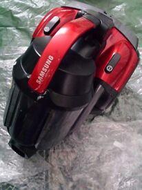 Samsung Cyclone Force Vacuum Cleaner 700 Watt