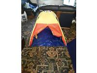 Kidddies play tent