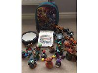 Skylander Giant PS3 game, portal, 18 characters and bag