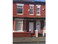 4 Bedroom House to let, separate lounge, large dining Kitchen close to all amminities