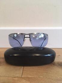 Beautiful genuine Gucci sunglasses with original case