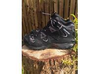 Men's Salomon U.K. 10 contragrip Boots