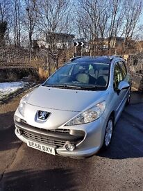 REDUCED !!!Peugeot 207 SW HDi 1.6 DIESEL 5dr Silver/black. MOT 2017,Glass roof, SUPER ECONOMY car