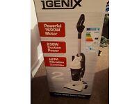 **Brand New Igenix 1600W Upright Bagless Lightweight Hoover 4 sale!!**