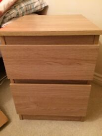 Bedside chest of 2 drawers