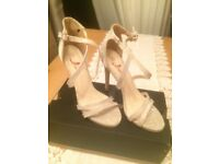 Ladies sparkly evening shoes size 4