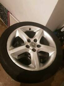 Astra Sri 17inch wheels with tyres