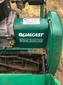 Qualcast Classic 25s Petrol Mower