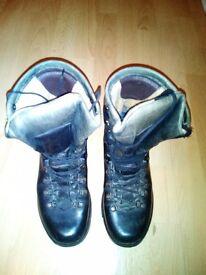 Altberg Boots Size 6