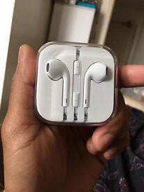 New apple earphone. Original apple earphone.