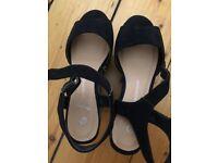 Women Shoes Size 3/36