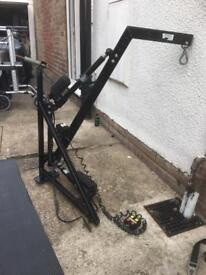 Mobility scooter hydraulic lifter