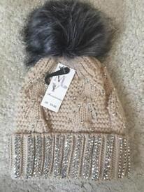 Cream/Grey diamanté bobble hat - NEW