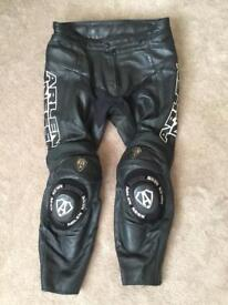 Arlen Ness leather motorcycle trousers 36