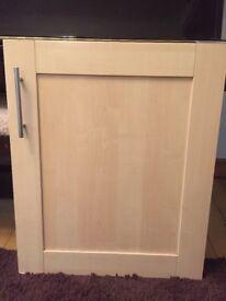 Kitchen cupboard door 600mm Beech veneer