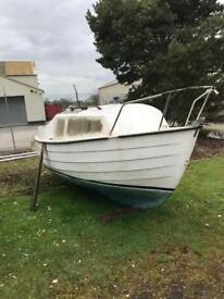 Mayland 18 Foot Sailing / Fishing Boat