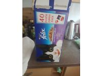 Felix Cat Food About 30 Packets