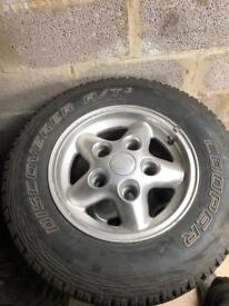 Discovery 1 aluminium wheels and tyres