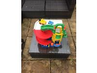Fisher Price little people garage / carwash