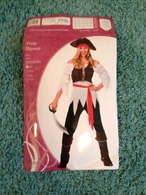 Ladies pirate costume (small size 10/12)