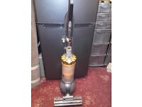 """""""DYSON DC40"""" WITH DYSON """"BALL TECHNOLOGY/ HOOVER/ VACUUM CLEANER/ CARPETS"""