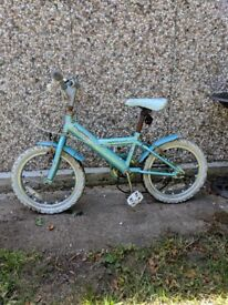 Childs bike from Halfords Sparkle Apollo suitable for 5/7 year old