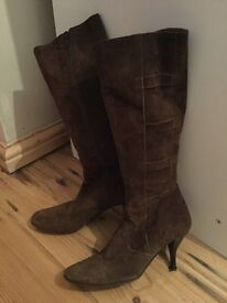 Brown suede Kate Kuba boots