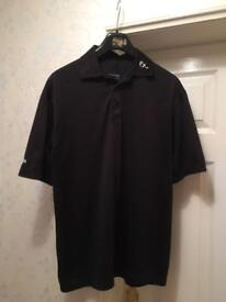 4 Golf t-shirts in great condition size M.