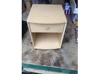 SMALL BEDSIDE TABLE with Drawer compartment