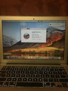 2017 MACBOOK AIR CORE I5 128GB 8GB RAM WITH FREE SOFTWARE OVER $6000(OFFICE, ADOBE, FINAL CUT PRO)$949 OBO W/WRNTY