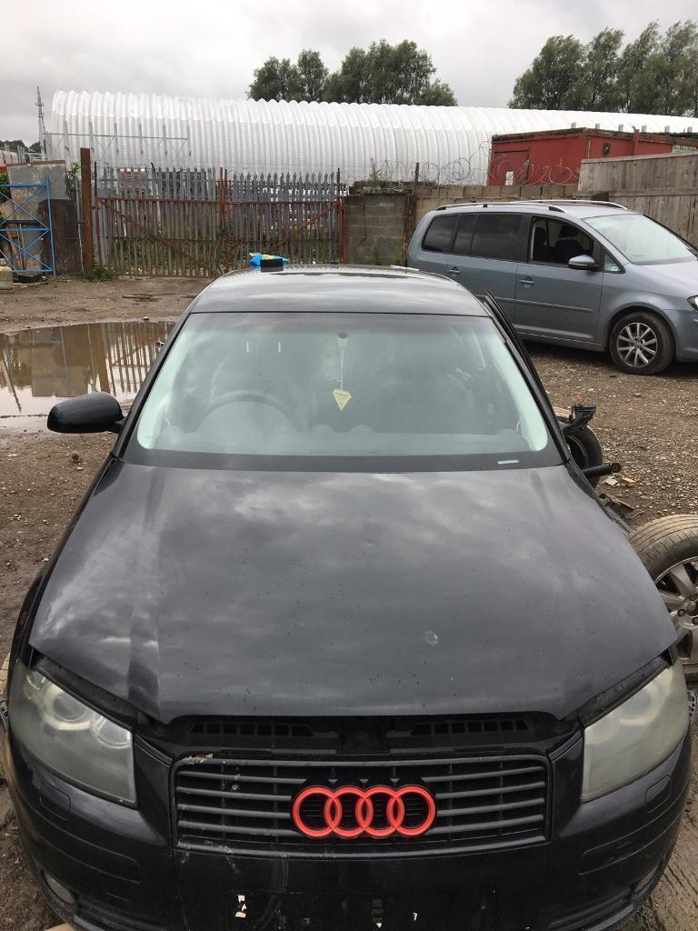Audi A3 2005 front Bonnet black