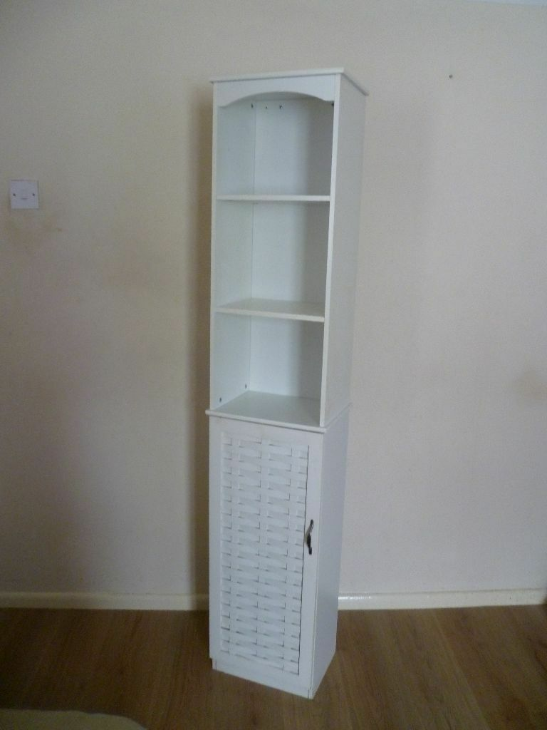 Tall white bathroom cabinet in southsea hampshire gumtree for Bathroom cabinets gumtree