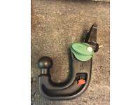 Genuine Land Rover Discovery 3 & 4 , Range Rover Sport Detachable Towbar with Key