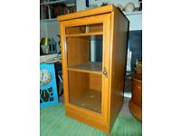 Hi-fi cabinet, 425 x 440 x 865, glass fronted with shelves & front & top opening