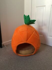 Pineapple cat bed large size dog house pet